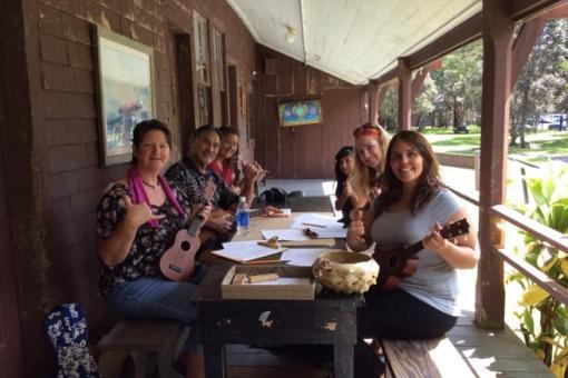 Wes Awana's 'ukulele workshop