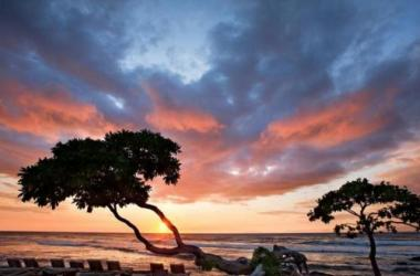Another amazing sunset from Four Seasons Resort Hualalai