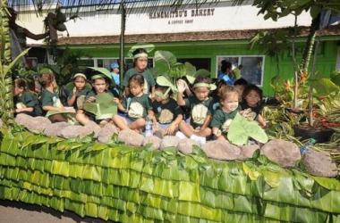 Festivals Of Aloha - Molokai Parade & Hoolaulea