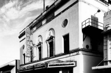 `Ohina at the Historic Palace Theatre