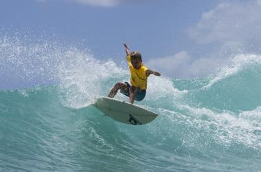 Shortboard competitor showcases his skills at Queens.