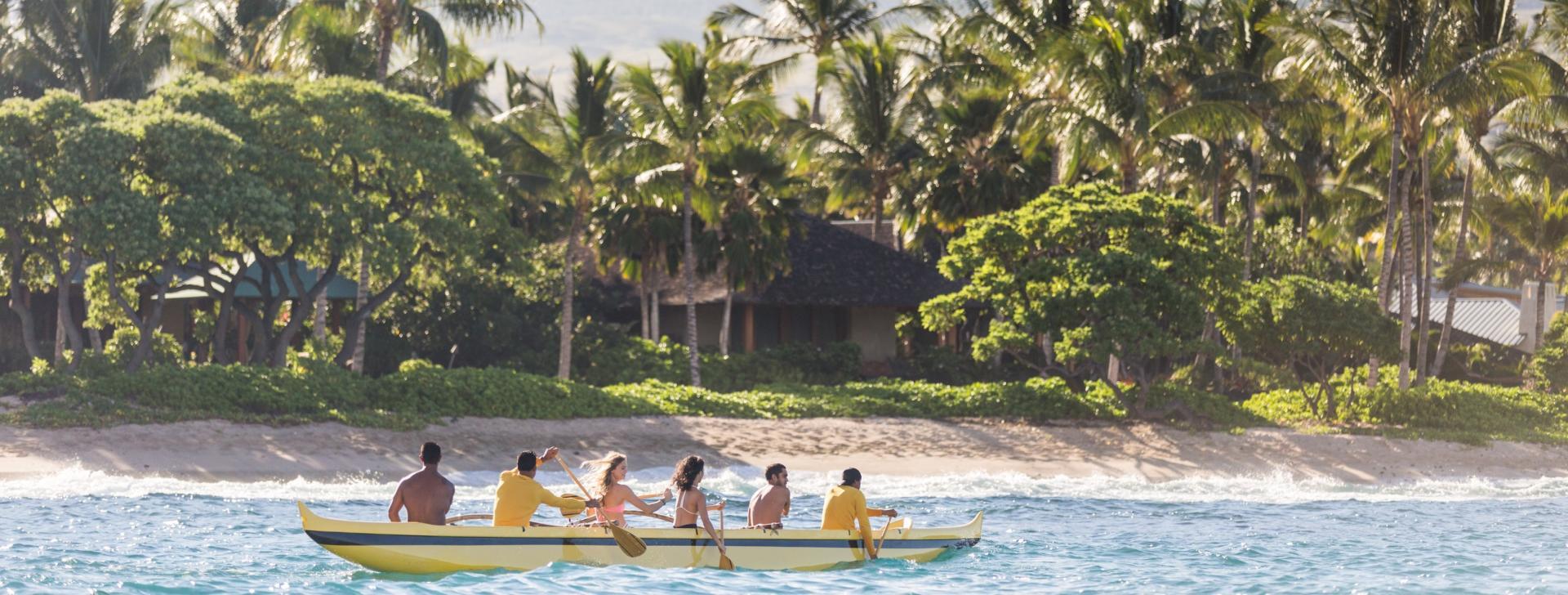 Group paddles at Uluweuweu, North Kona Coast