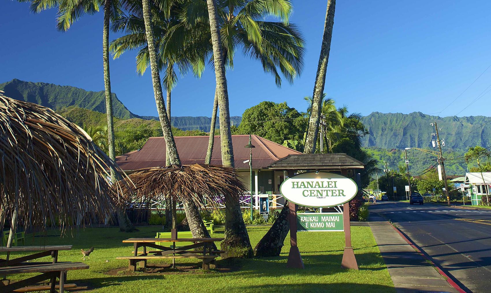 Hanalei Town Kauai Go Hawaii
