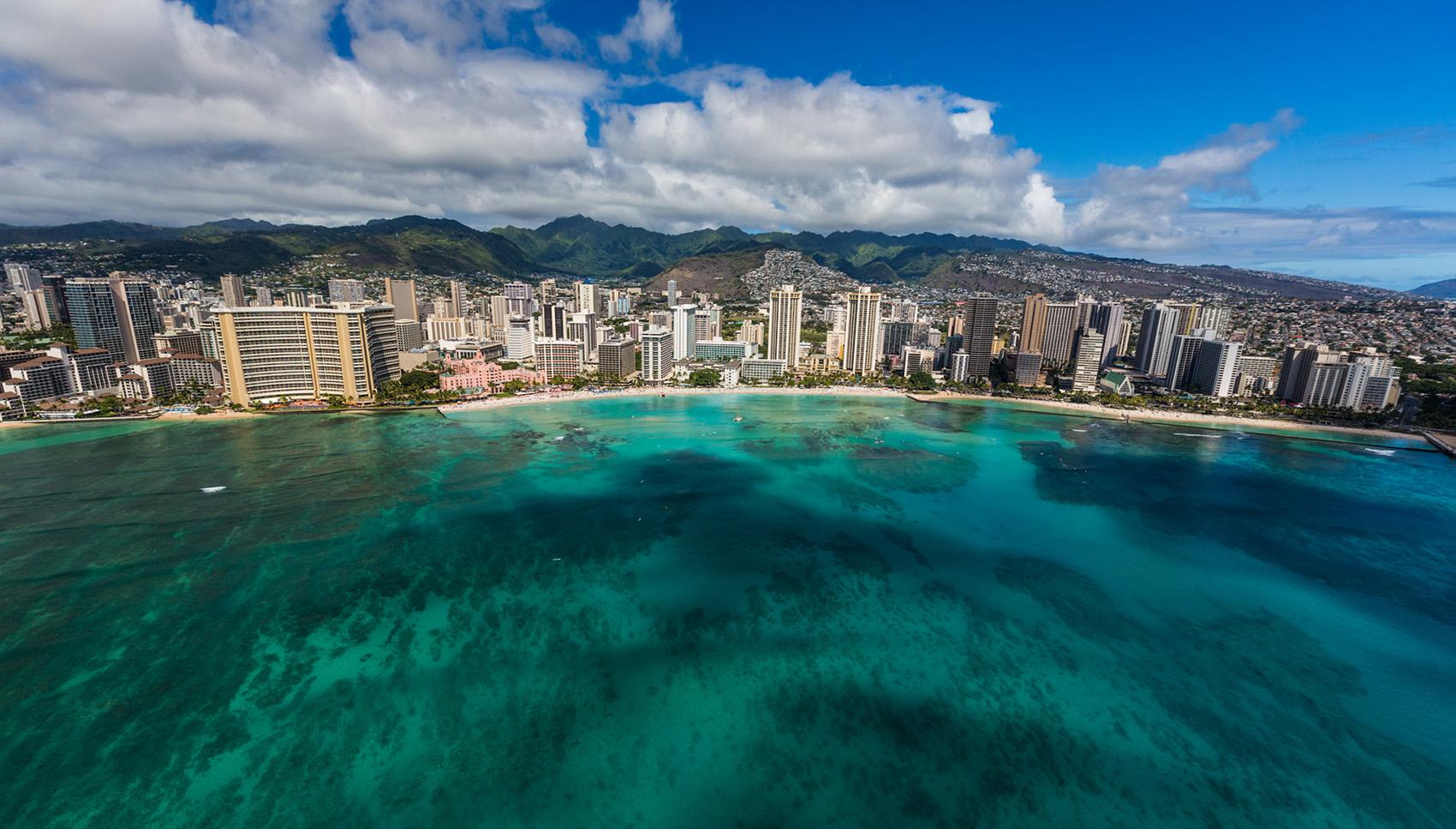 Oahu Vacation Rentals: Beachfront Home & Luxury Rentals ...