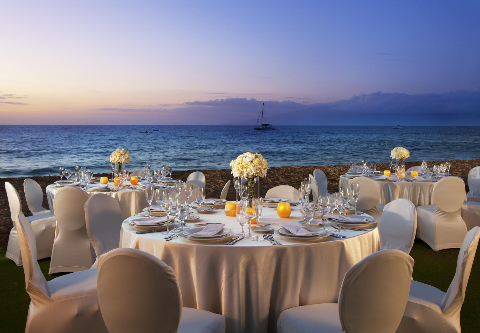Maui wedding venues go hawaii for Maui wedding locations