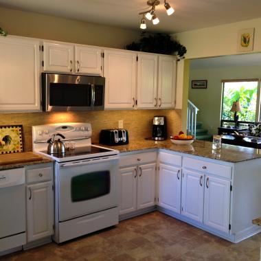 Kauai Vacation Home tropical kitchen!