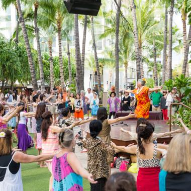 Enjoy complimentary Hula Lessons in The Royal Grove!