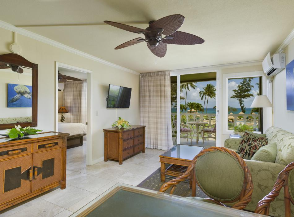Studios and suites with kitchenettes available
