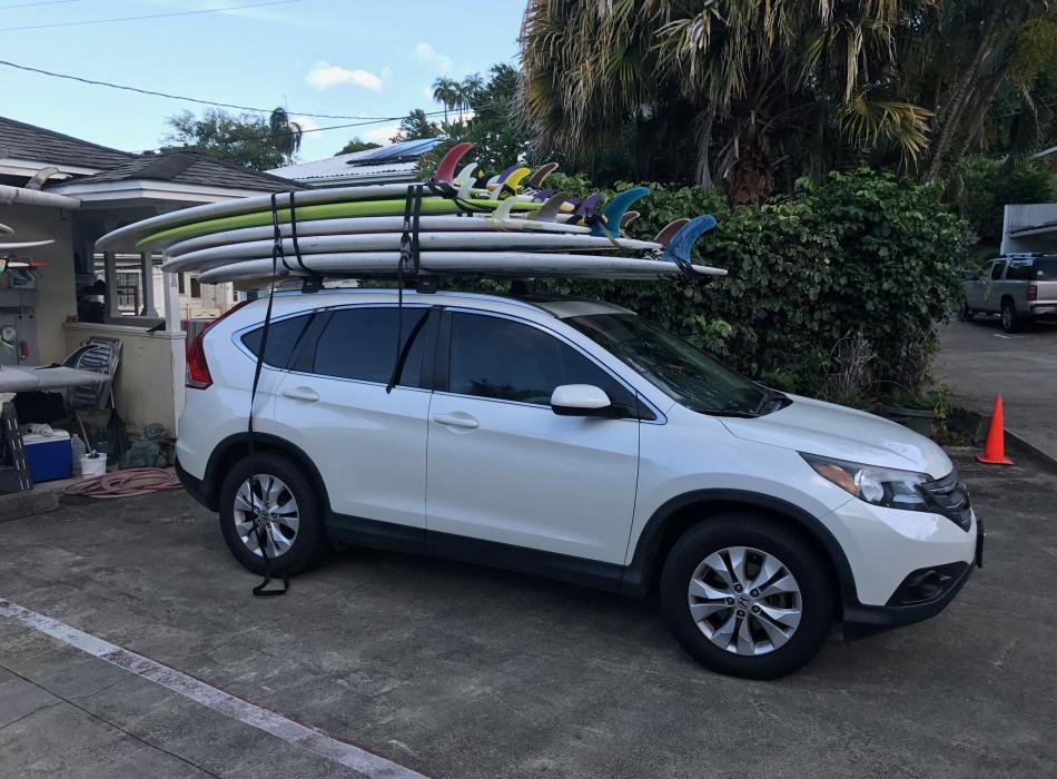 Hawaii Surf Guru 'mobile office'