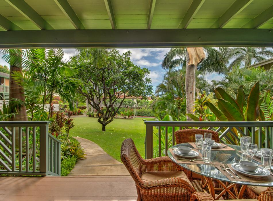 Enjoy indoor/outdoor living with private covered lanai