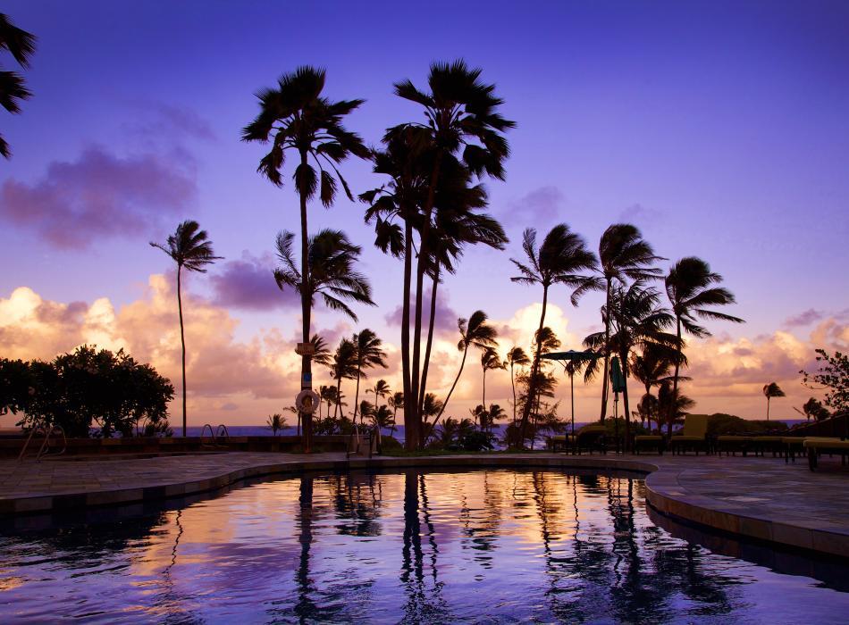 Hilton Garden Inn Kauai - Pool Sunset