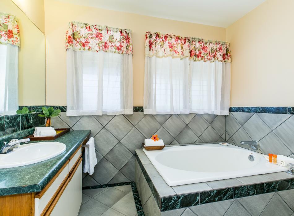 Soaking Tub Suite