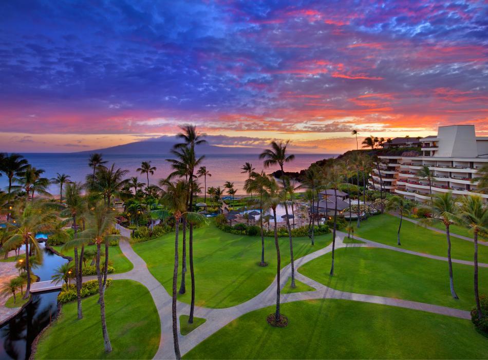 Sheraton Maui Sunset Overview