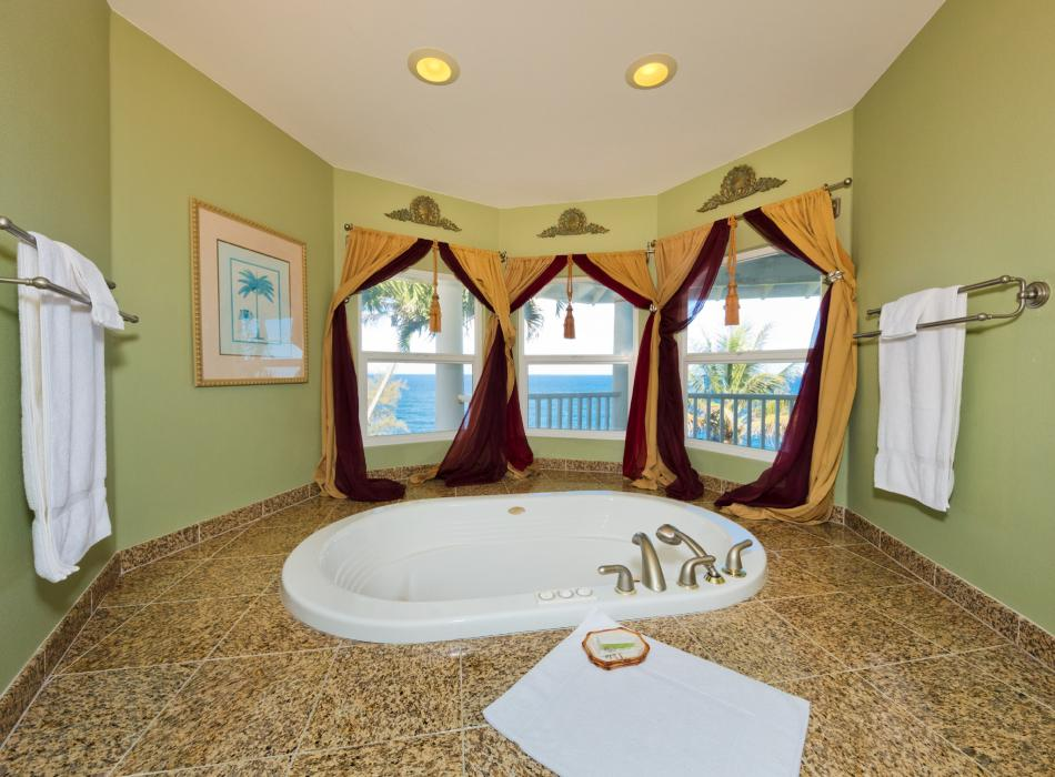 In-Room Jetted Jacuzzi Tub
