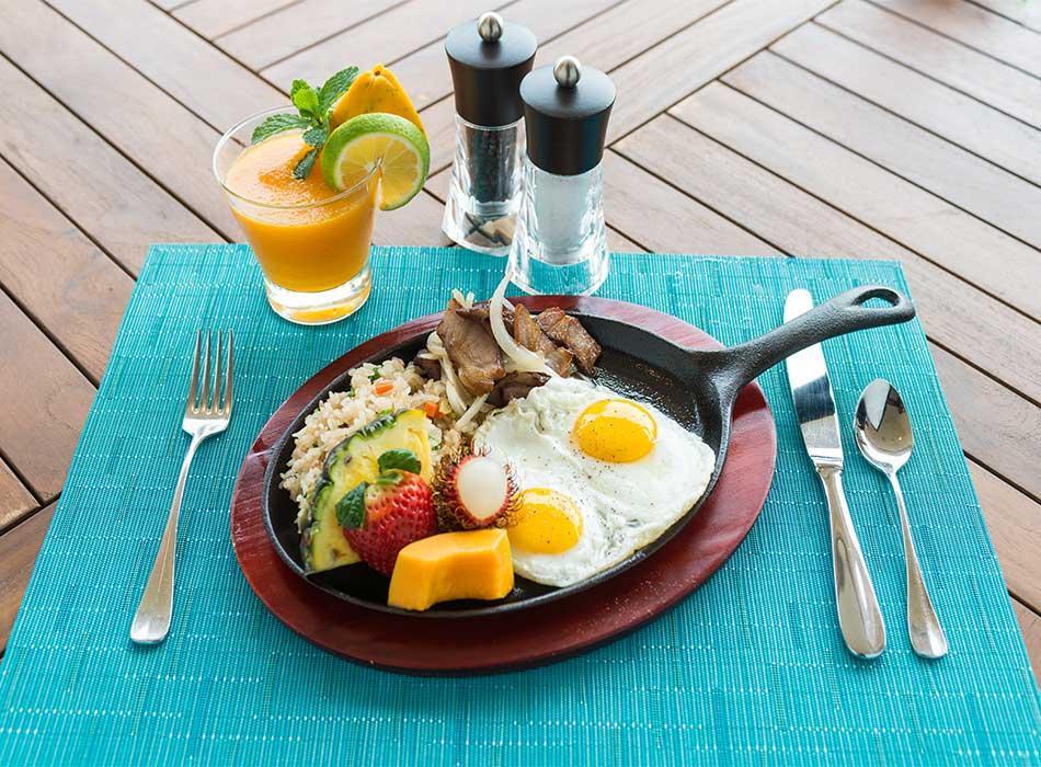 Ikena Landing Paniolo Breakfast