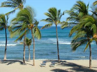 Beach front at Mauna Lani Bay Hotel