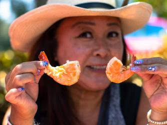 Try famous Kahuku Garlic Shrimp Lunch at Fumi's
