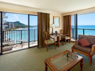 1 Bed Diamond Head Ocean Front